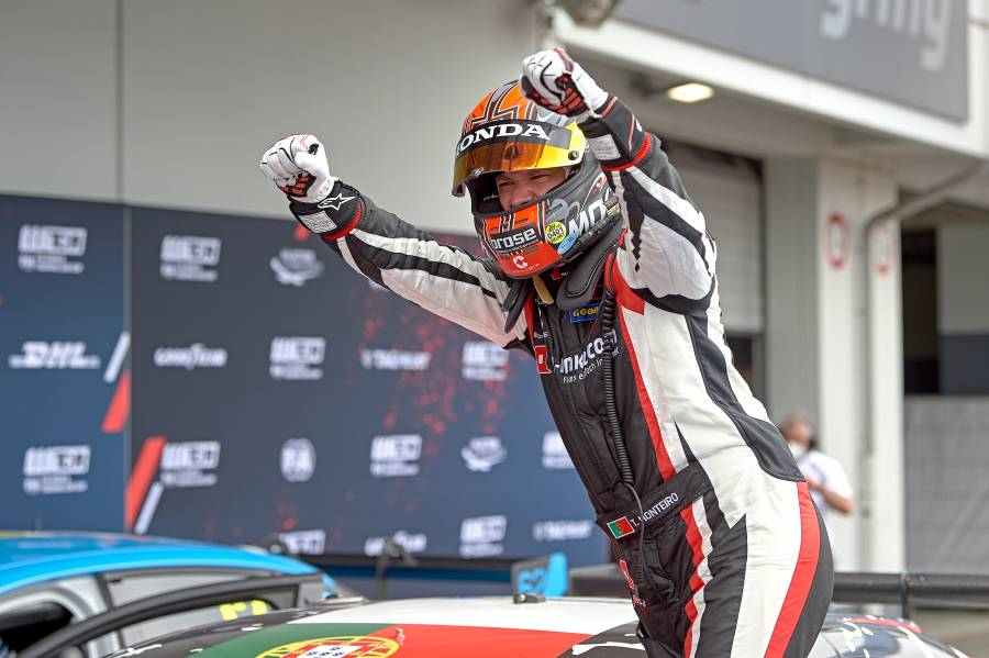 Monteiro makes a winning start to WTCR season at Green Hell