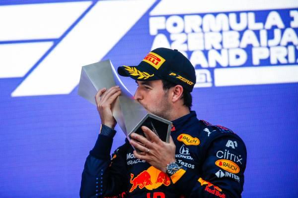 ペレスが今季初優勝を果たし、ガスリーが3位表彰台を獲得。Hondaパワーユニットは1992年以来の連勝を果たしてポイントリーダーの座を堅持