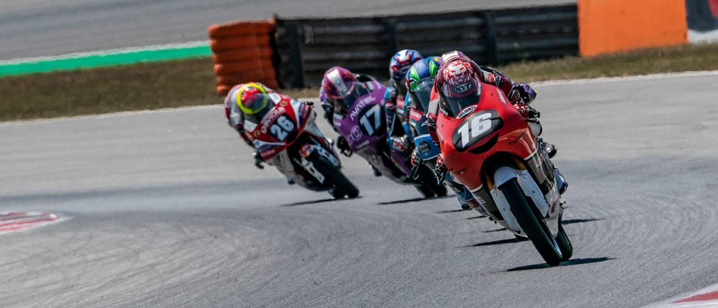 マリオ・アジ、バルセロナで勝利まであと一歩