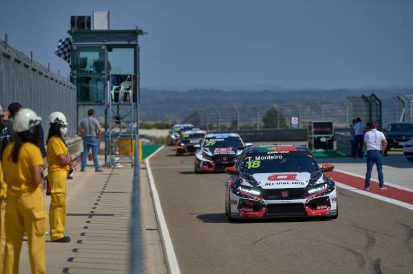 Qualifying struggles in Spain for Honda Racing drivers