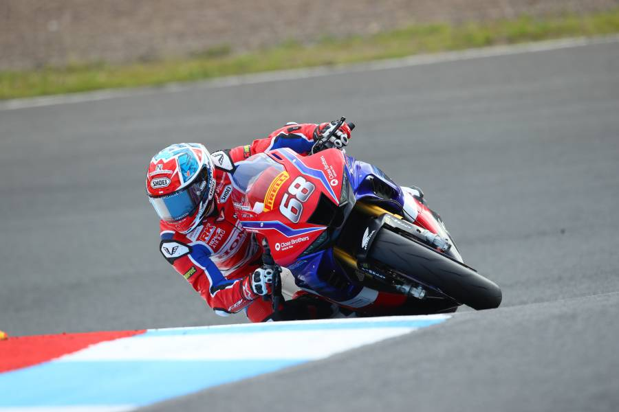 Tom Neave leads the Honda charge at Knockhill