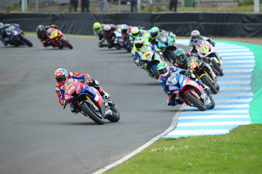 Solid weekend of points for Tom Neave at Knockhill
