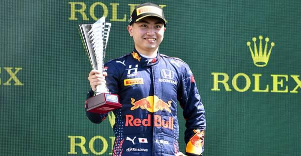 岩佐歩夢がレース1でF3初優勝を達成。レース2は12番手から10位入賞を果たしてポイントを加算
