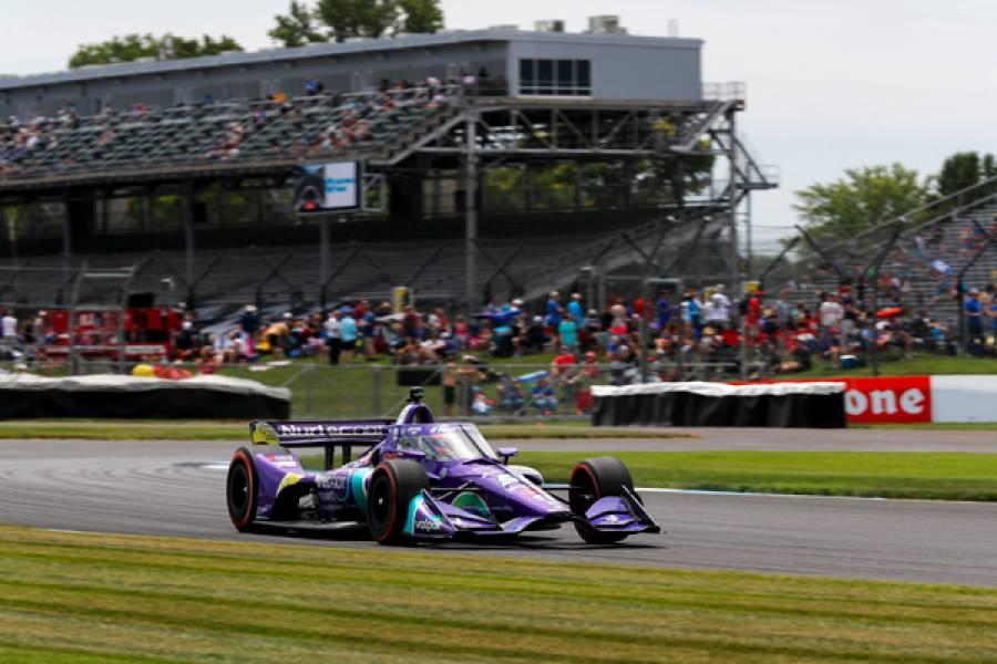 インディアナポリス・ロードコースでの今季2戦目、グロージャン2位、ハータ3位