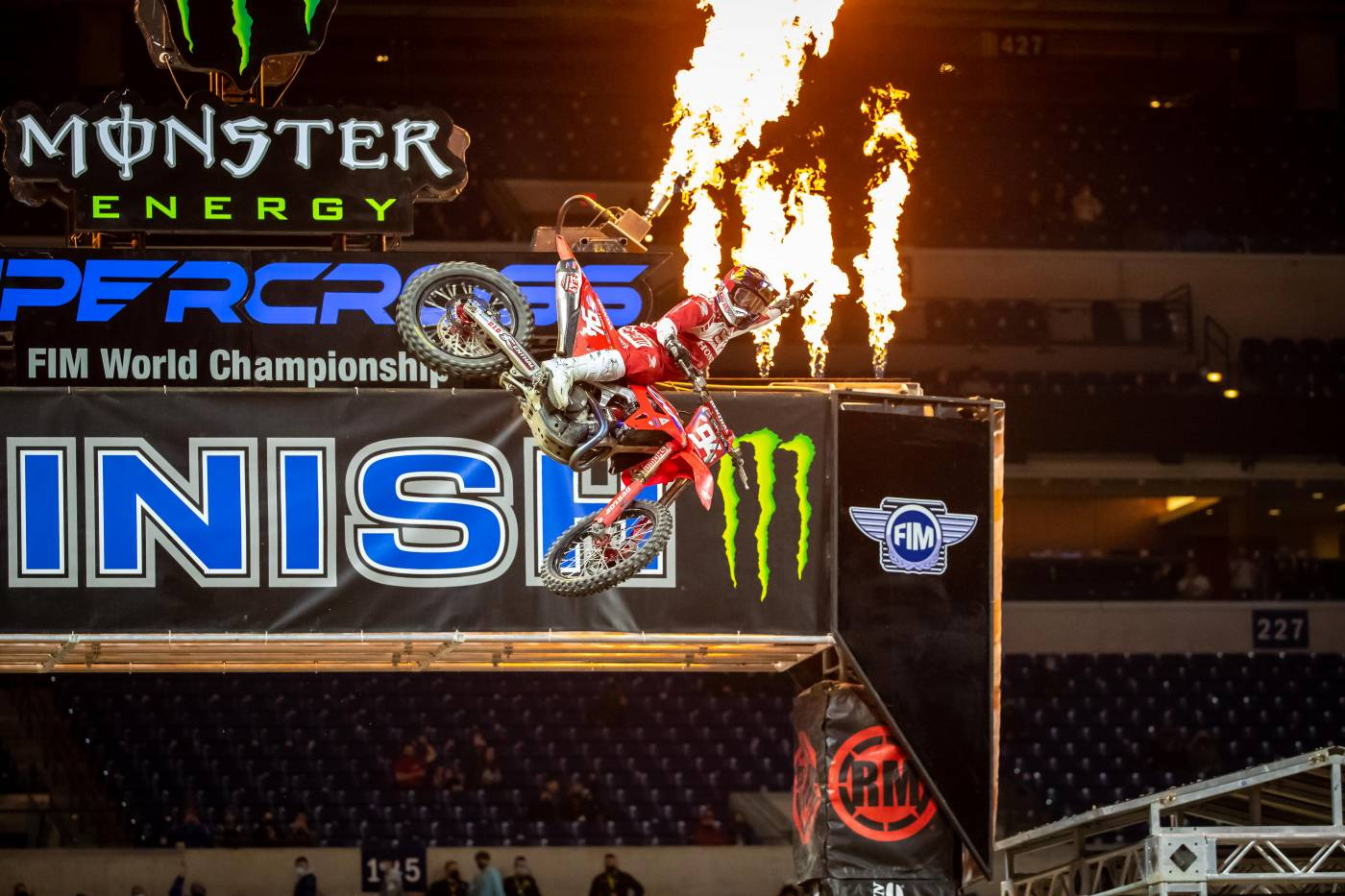 Dominant Win for Roczen at Indianapolis 2 Supercross