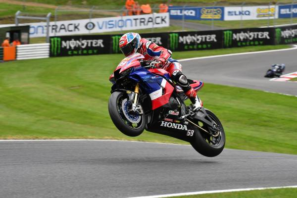 Pole Positions all round for Honda Racing UK
