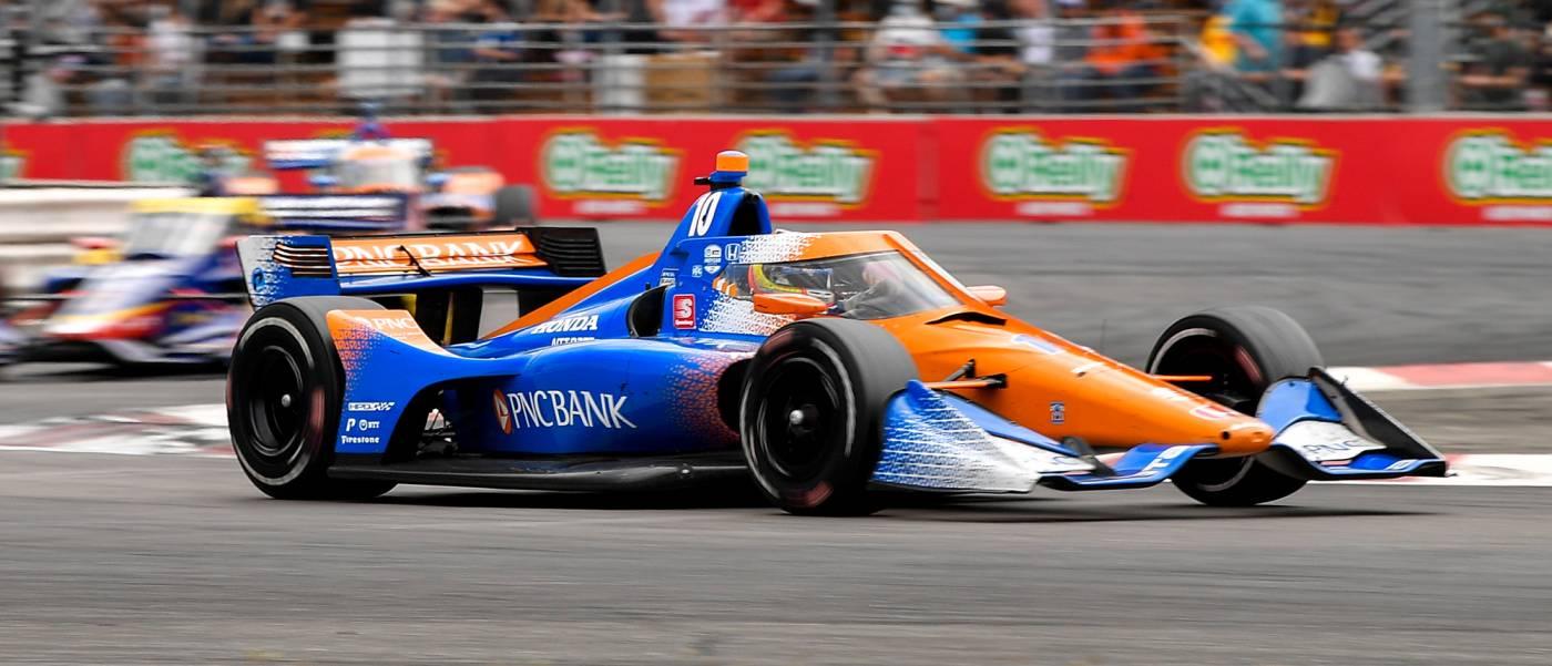 パロウが今シーズン3勝目でランキングトップに躍り出る