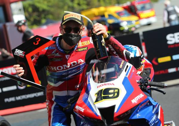 Some strong battles and a podium finish for Bautista and Team HRC in their best weekend of the season
