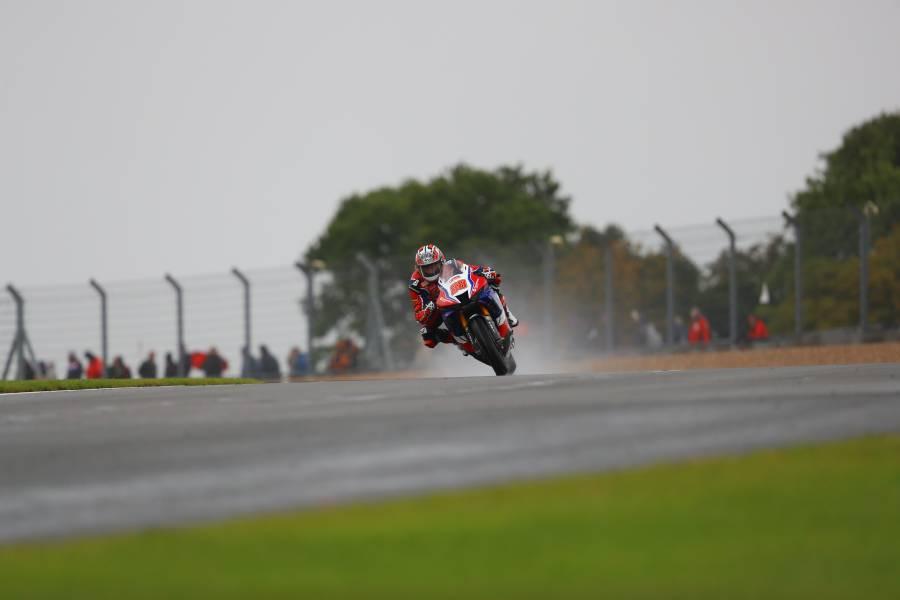 Rain brings mixed results for Honda Racing UK at Donington Park
