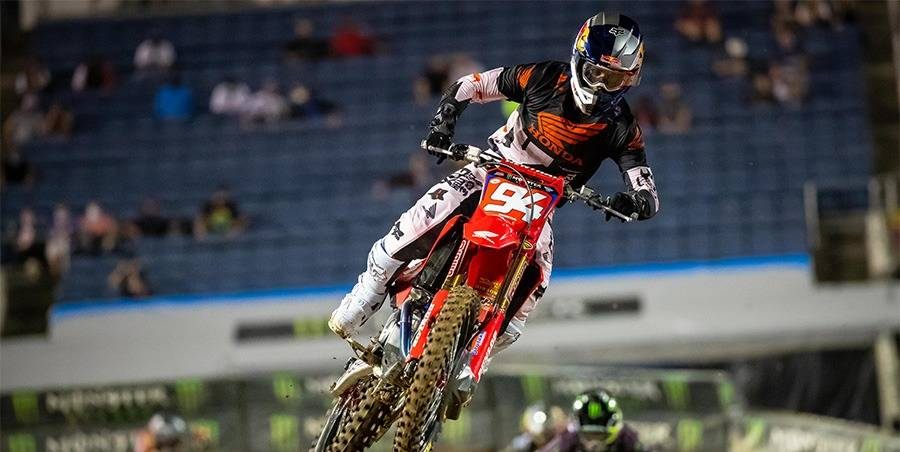 Roczen a Close Second at Orlando Supercross, Lawrence Tops 250SX East Class