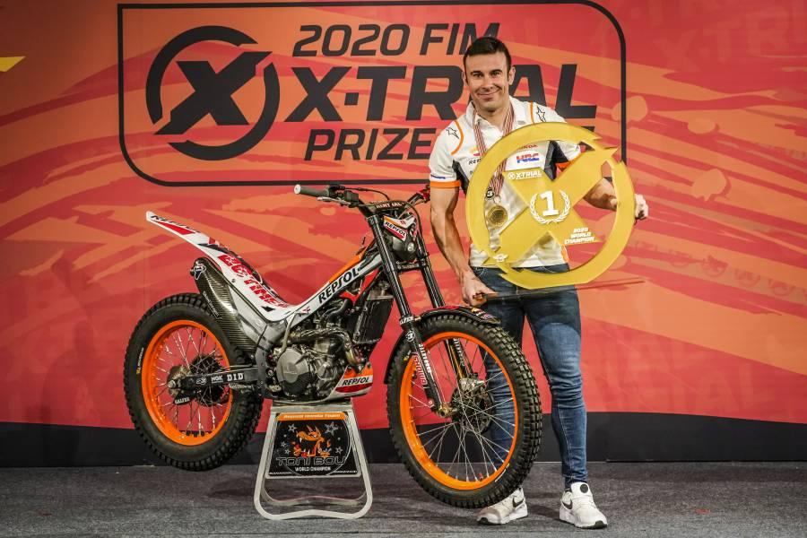 トニー・ボウがXトライアルの2020年シーズン表彰イベントに出席