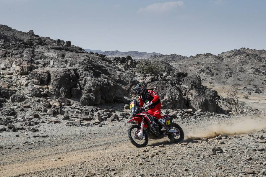 Strong start from Ricky Brabec and Joan Barreda in the 2021 Dakar