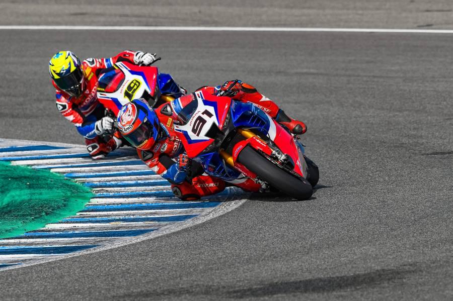Team HRCがドライコンディションでのテスト走行を行う