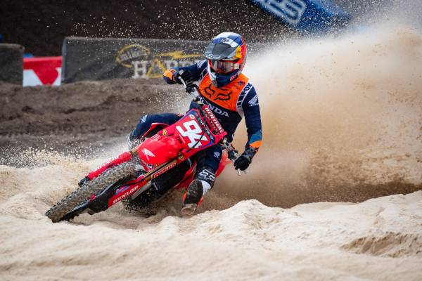Fourth and Eighth for Roczen, Sexton at Daytona; Lawrence Sixth in 250SX West
