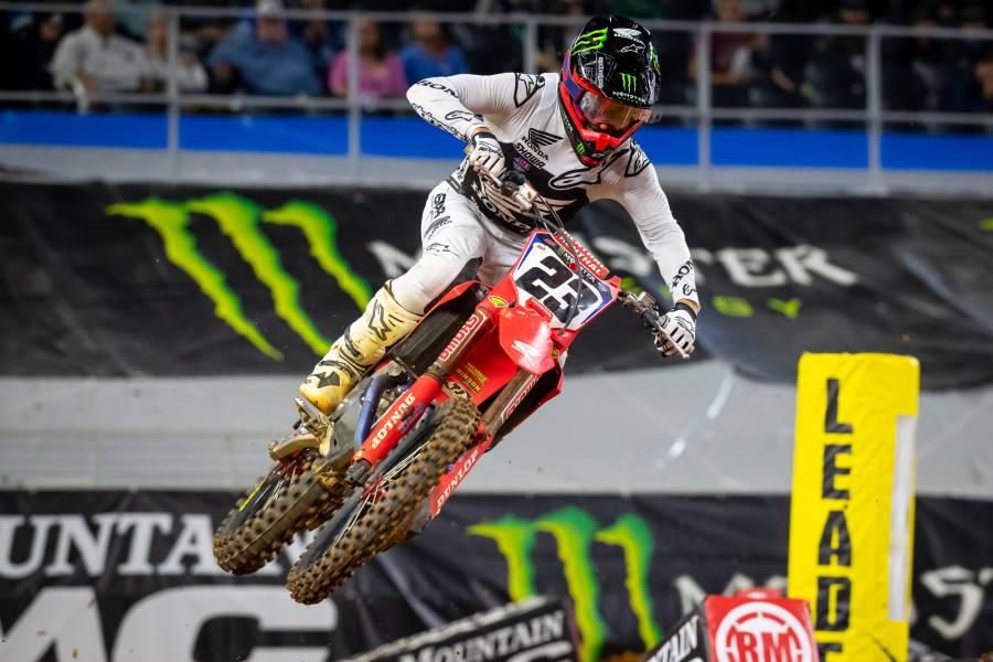 Hunter Lawrence Scores Career-First Podium Finish at Arlington 1 Supercross