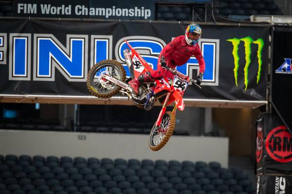 Hunter Lawrence Takes Career-First AMA 250SX Win at Arlington 2 Supercross