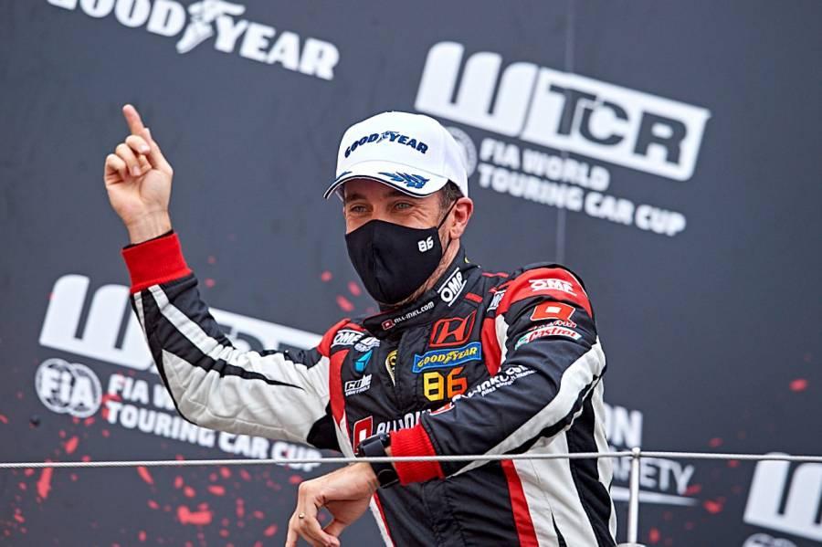 第2戦ドイツのレース1で優勝したALL-INKL.COM Münnich Motorsportのグエリエリ