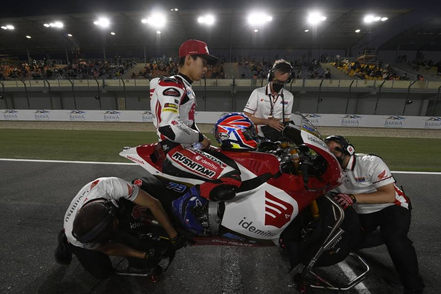 The Moto2 Mission is to Catch Sam Lowes