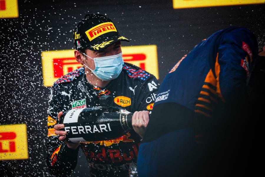 フェルスタッペンがイモラで今季初勝利を挙げる!