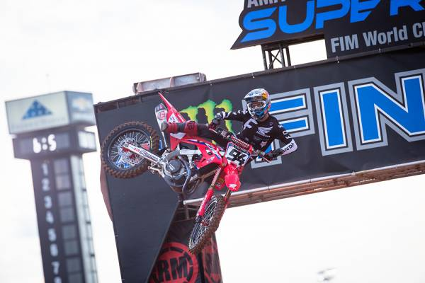 Roczen a Close Second at Atlanta 3 Supercross