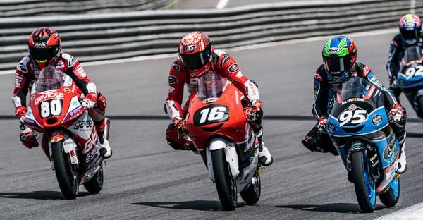 マリオ・アジ、Moto3ジュニア世界選手権の開幕戦で4位