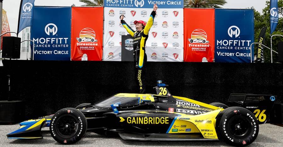 海辺のストリートコースでコルトン・ハータがポール・トゥ・ウインを飾り、Hondaは開幕2連勝