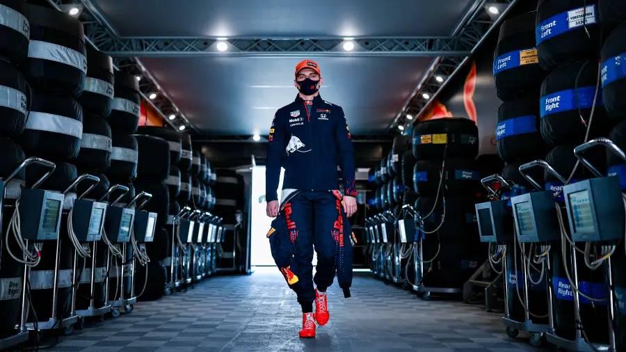 Red Bull Racing Hondaが2列目グリッドを確保