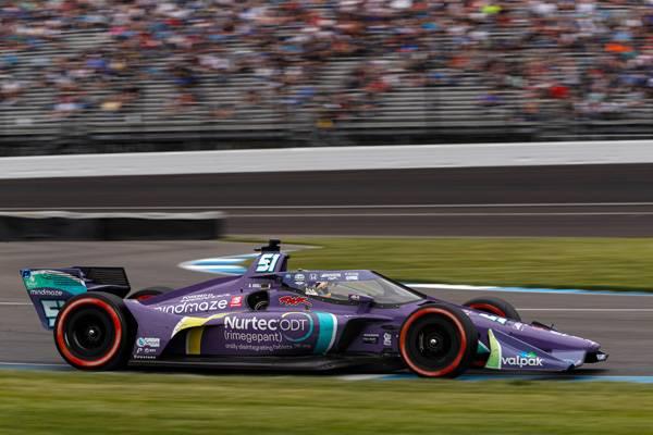 ポールポジションスタートのグロージャンがデビュー3戦目で初表彰台2位、パロウは今季2回目の表彰台で3位