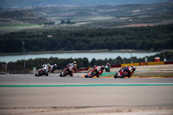 Bautista deprived of a possible podium, Haslam a solid eighth in race 1