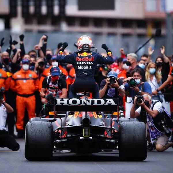 フェルスタッペンがモナコGPで初優勝。ドライバー、コンストラクターともにポイントリーダーに
